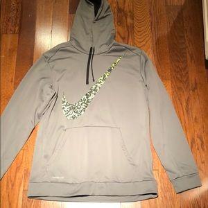 Like new Nike thermal fit hoodie XL